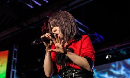 Fuki shines at HYPER JAPAN Christmas Market!